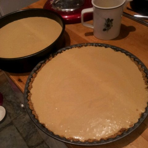 Pour the caramel custard into onto the cookie crusts