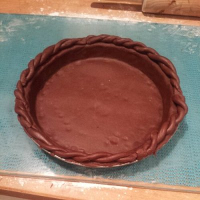 Fancy twisted pie crust