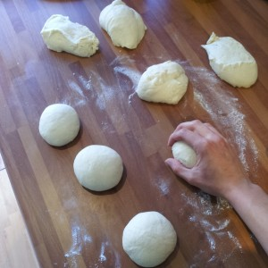 Bazlama recipeDivide the dough into 8 equal sized balls
