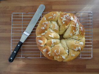 Apricot Cardamom  and Almond Pulla  recipe