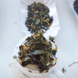 Bird of paradise blend such pretty leaves and tasty tea