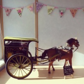 The Ringtons Delivery cart and horse